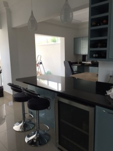 Kitchen refurb: new kitchen fitted