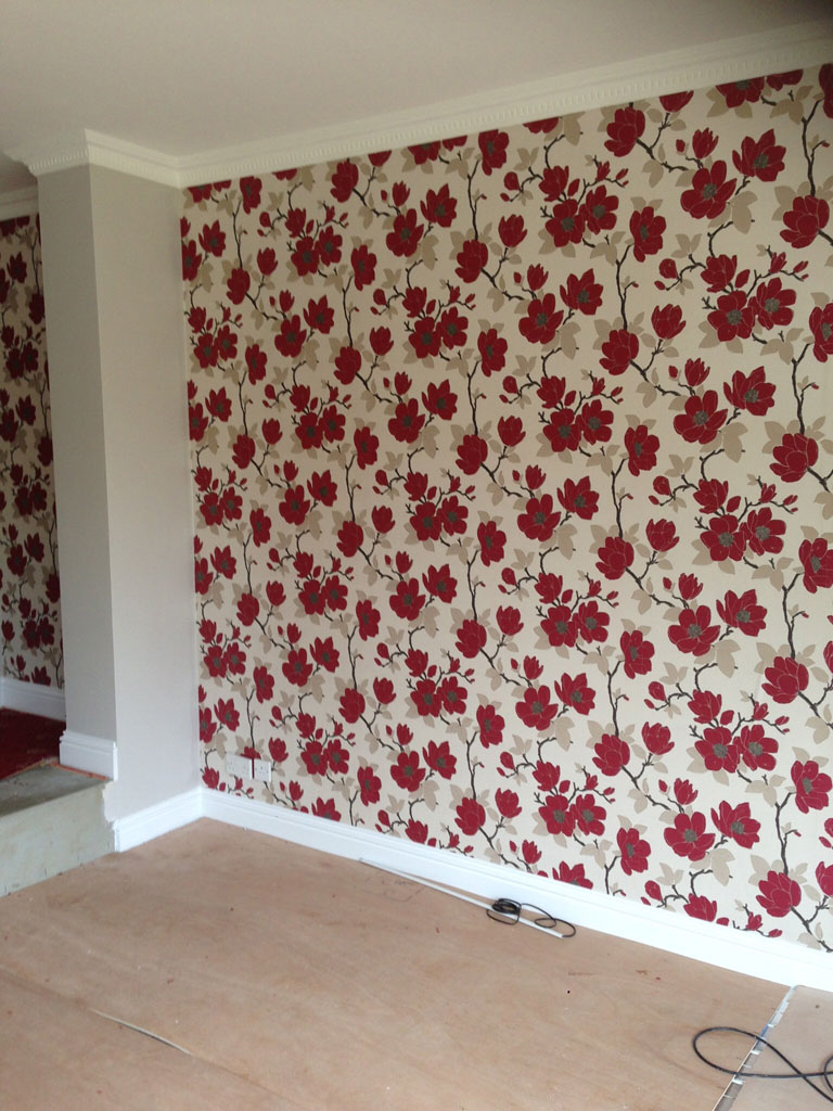 New wallpapering in lounge